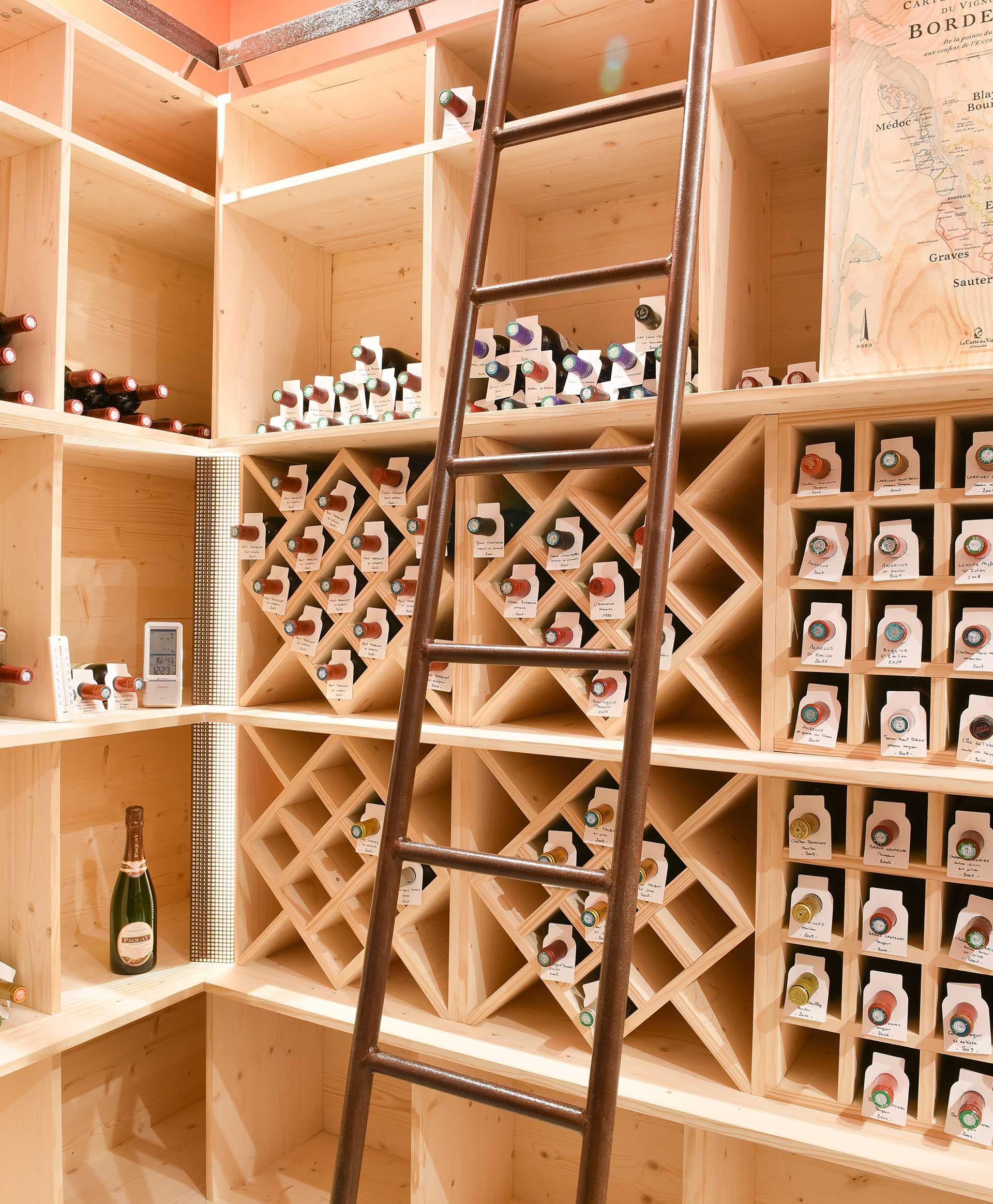 Réalisation d'une cave à vins sur mesure