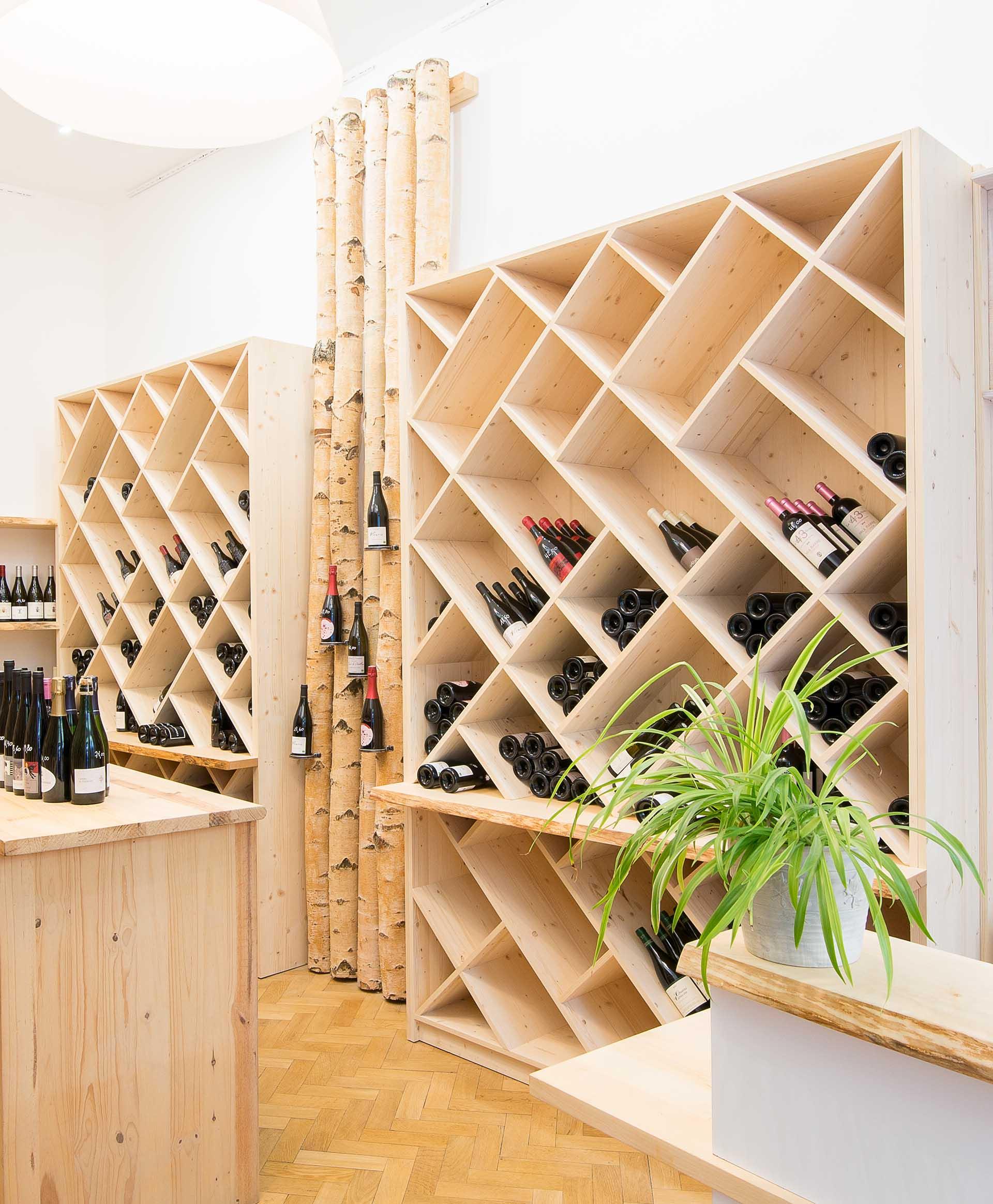Aménagement d'un magasin de vente de vins